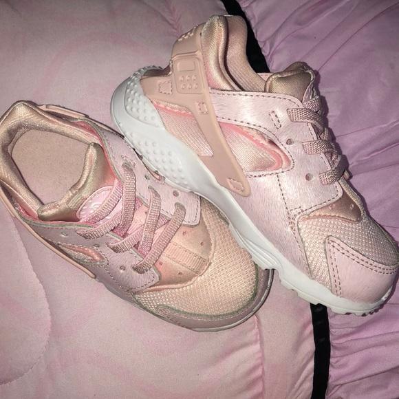 Nike Shoes   Huarache Toddler Size 8c